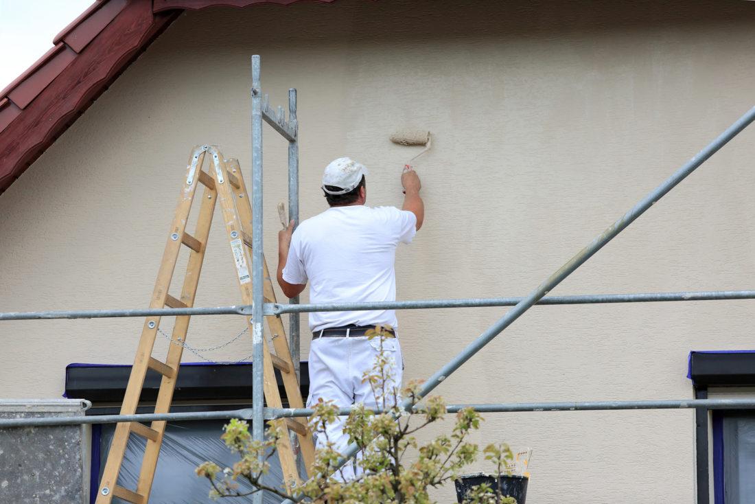 ocieplanie ścian budynku