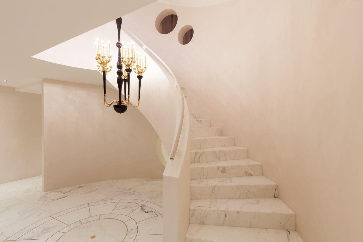 kamienne schody w domu zalety